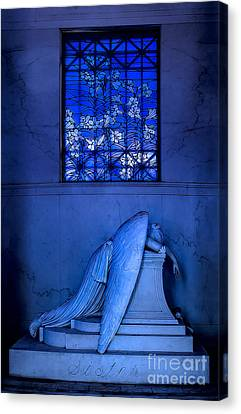 Metairie Cemetery Canvas Print - Weeping Angel by Jerry Fornarotto