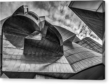 Weisman Art Museum Canvas Print by Tom Gort