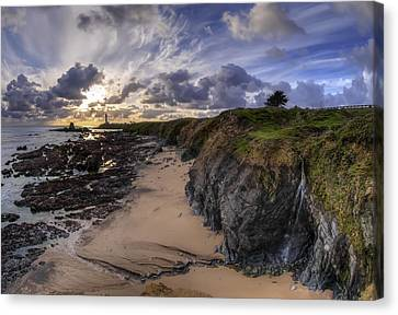 West Coast Lighthouse  Canvas Print by Sean Foster