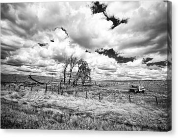 Canvas Print featuring the photograph Western Kansas by Jay Stockhaus