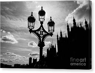 Canvas Print featuring the photograph Westminster Silhouette by Matt Malloy