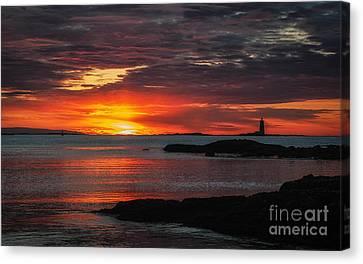 Whaleback Lighthouse Canvas Print by Scott Thorp