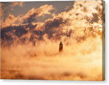 Whaleback On Fire Canvas Print by Eric Gendron