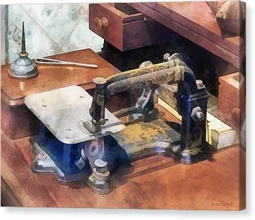 Wheeler And Wilson Sewing Machine Circa 1850 Canvas Print