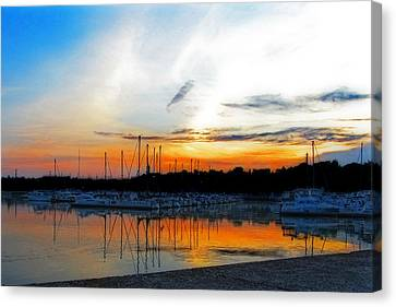 When The Sun Goes Down Canvas Print by Susan  McMenamin