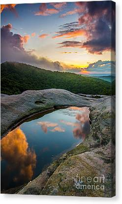 White Rocks Sunset Canvas Print