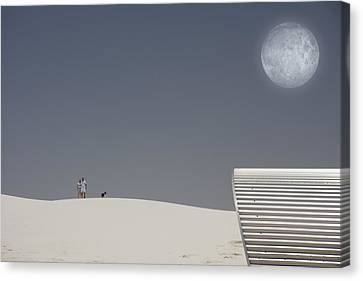 White Sands Moonrise Canvas Print by Bruce Rolff