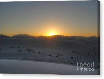 White Sands New Mexico Sunset Canvas Print by Gregory Dyer