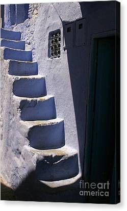 Whitewashed Steps In The Medina Of Asilah On Northwest Tip Of Atlantic Coast Of Morocco Canvas Print
