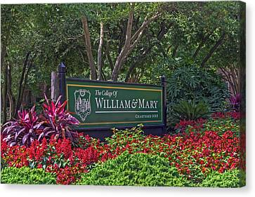 Canvas Print featuring the photograph William And Mary Welcome Sign by Jerry Gammon