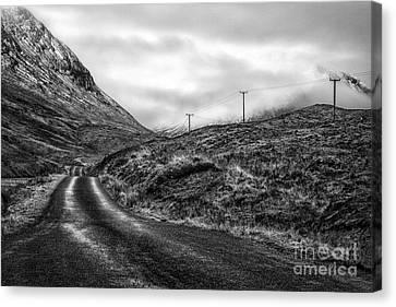 Winding Road In Glen Etive Canvas Print by John Farnan