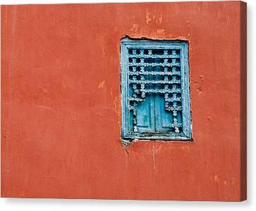 Window In Marrakesh Canvas Print by Daniel Kocian