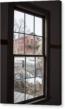 Window Of History  Canvas Print by Fran Riley