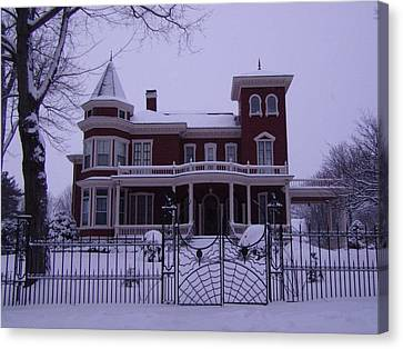Winter Afternoon At Stephen King Victorian Mansion In Bangor Maine Canvas Print