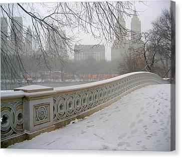 Winter At Bow Bridge Canvas Print