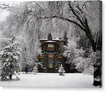 Winter At The Ahwahnee In Yosemite Canvas Print