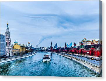 Winter Begins In Moscow Canvas Print by Alexander Senin
