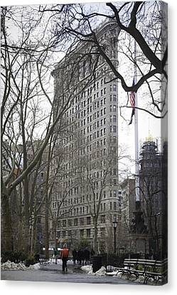 Winter In Madison Square Park - Flatiron In Background Canvas Print by Erin Cadigan