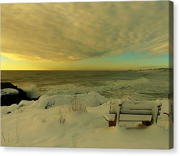 Canvas Print featuring the photograph Winter Seascape by Elaine Franklin