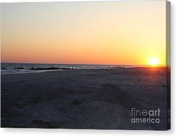 Winter Sunset On Long Beach Canvas Print by John Telfer