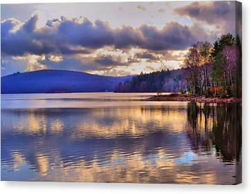 Winters Lake Canvas Print by Dave Woodbridge