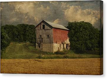 Wisconsin Barn Canvas Print by Jack Zulli