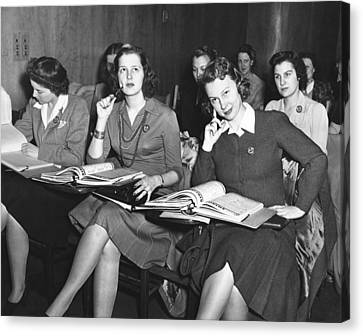 Women In Airline Class Canvas Print by Underwood Archives