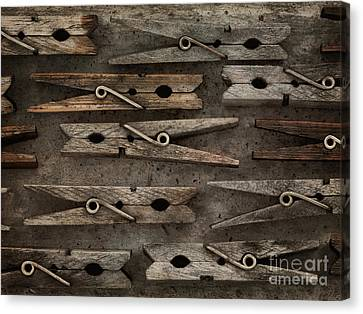 Wooden Clothespins Canvas Print by Priska Wettstein