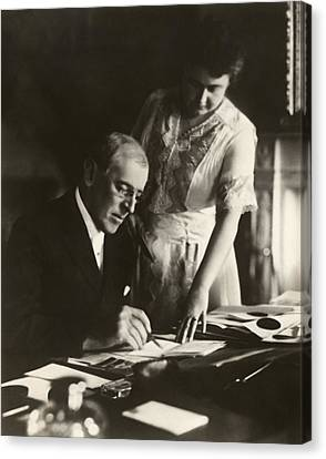 Woodrow And Edith Wilson Canvas Print