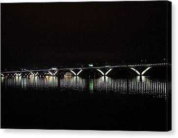 Woodrow Wilson Bridge - Washington Dc - 011346 Canvas Print by DC Photographer