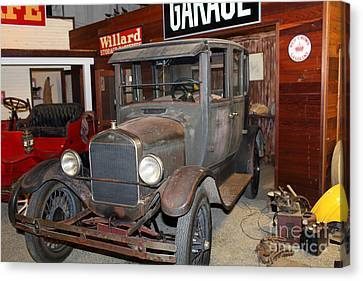Working On The Old Ford Model T 5d25570 Canvas Print by Wingsdomain Art and Photography