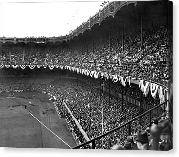 World Series In New York Canvas Print by Underwood Archives