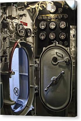 World War 2 Era Submarine Hatch - Pearl Harbor Canvas Print