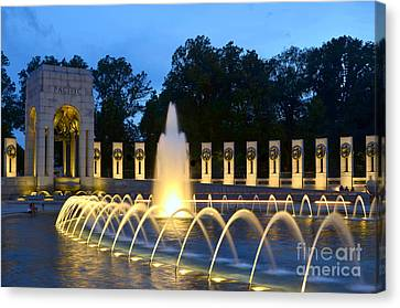 World War II Memorial Canvas Print by Allen Beatty