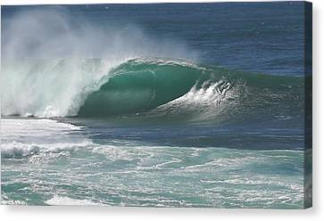 World's Most Perfect Wave . . . Canvas Print by Kevin Smith