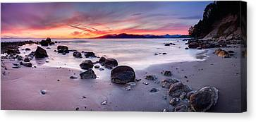 Wreck Beach Panorama Canvas Print by Alexis Birkill