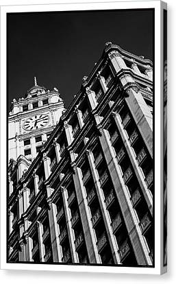 Wrigley Building - 05.16.10_144 Canvas Print by Paul Hasara