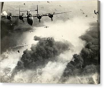 Wwii B-24 Liberators Over Ploesti Canvas Print