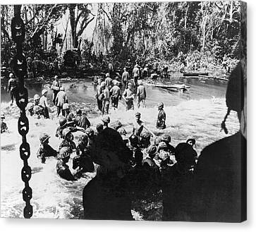 Wwii Papua New Guinea Ops Canvas Print by Underwood Archives