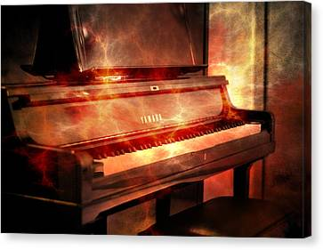 Yamaha Piano  Canvas Print by Tommytechno Sweden