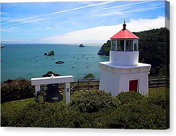 Yaquina Bay Lighthouse Canvas Print by John Bushnell
