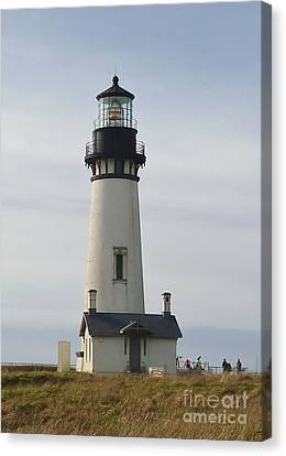 Canvas Print featuring the photograph Yaquina Bay Lighthouse by Susan Garren