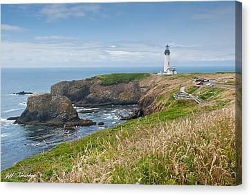 Canvas Print featuring the photograph Yaquina Head Lighthouse by Jeff Goulden