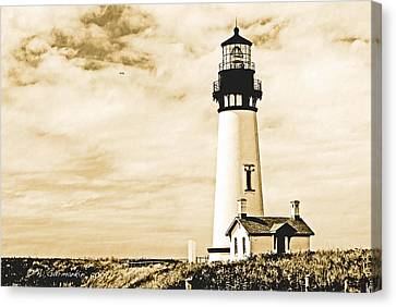 Canvas Print featuring the photograph Yaquina Lighthouse Oregon by A Gurmankin
