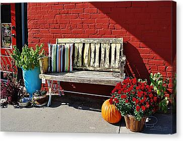 Canvas Print featuring the photograph Yellow Bench by Ludwig Keck