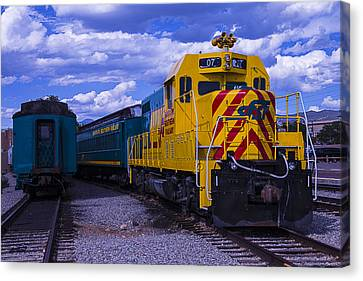 Yellow Engine 07 Canvas Print by Garry Gay