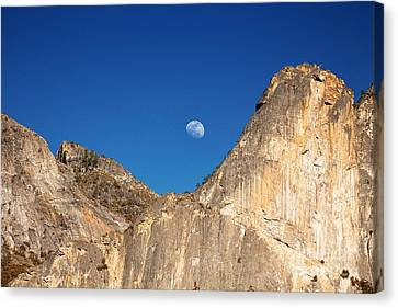 Yosemite Moonrise Canvas Print by Jane Rix