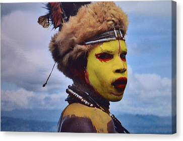 Young Huli Warrior Papua New Guinea Canvas Print by Alex King