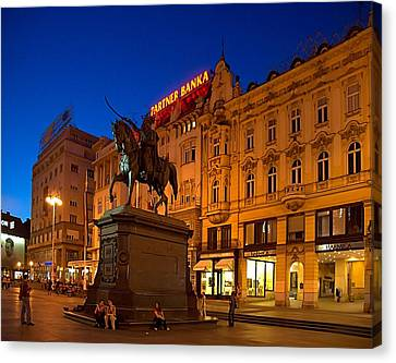 Zagreb Ban Jelacic Square At Night Canvas Print by Steven Richman