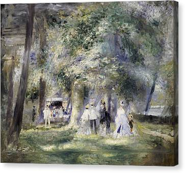 In The Park At Saint-cloud Canvas Print by Pierre Auguste Renoir